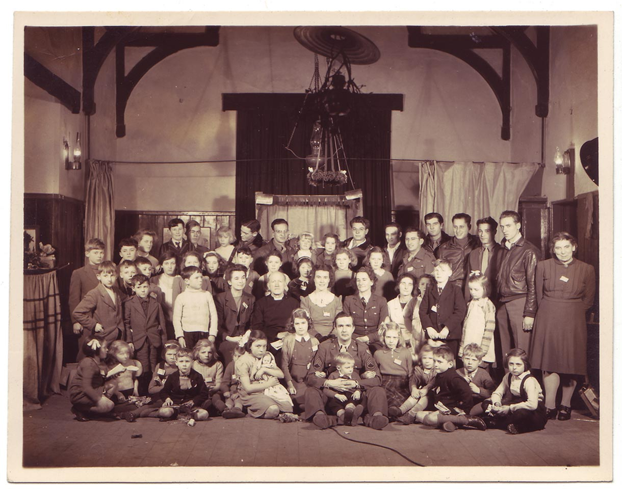 Photo of Carbrooke School class at Christmas party, 1944.