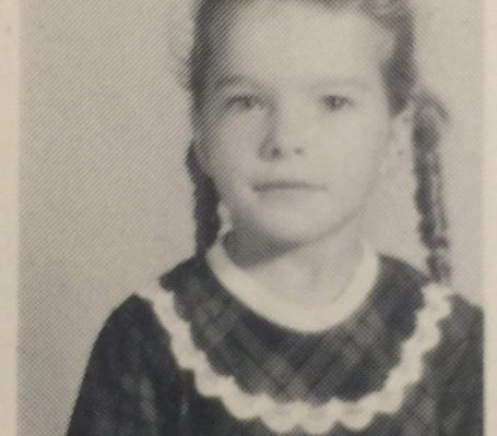 The author in 1st grade.