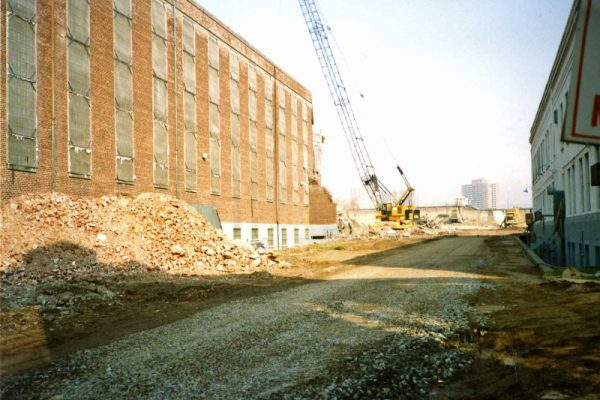 Photograph of outside of B Building (left), Virginia Penitentiary, August 1991