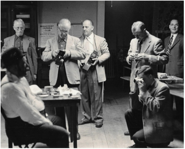 Elwood Street (standing second from left) at a camera club meeting in Bridgeport, Connecticut, undated. Photograph courtesy of Greg Street.